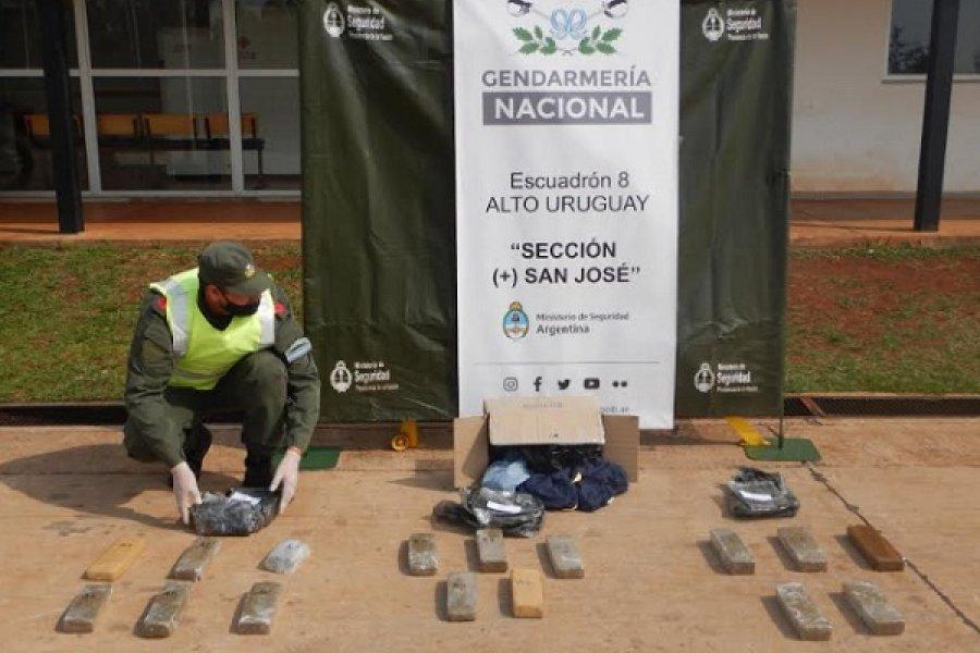 Misiones: Realizan la apertura de una encomienda y hallan más de 10 kilos de marihuana