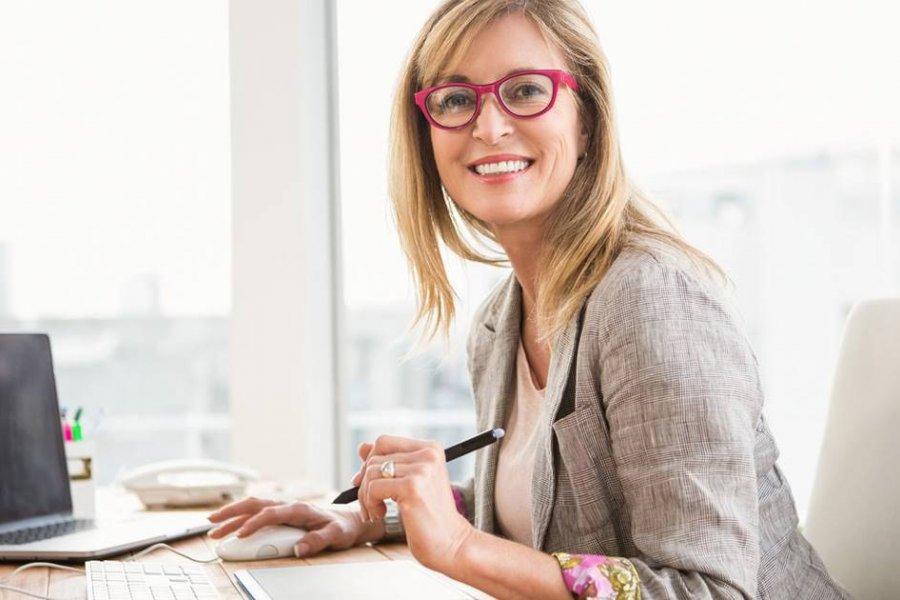 Las señales que pueden alertarte de hipertiroidismo