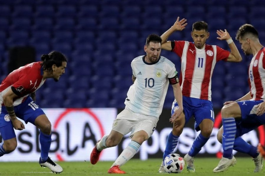 Argentina empató con Paraguay: del gol de González al tanto que el VAR le anuló a Messi