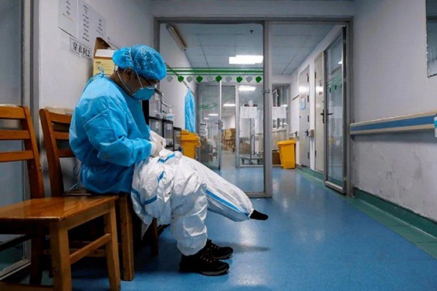 Un médico atendió con coronavirus y tuvieron que aislar a 100 personas