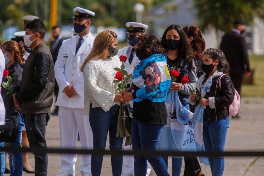 """Alberto Fernández recordó a los tripulantes del ARA San Juan: """"Gloria, memoria y honor a nuestros héroes"""""""