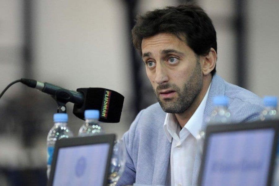 Diego Milito analiza su futuro en Racing