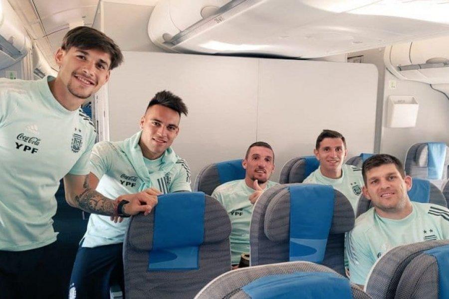 La Selección Argentina partió rumbo a Perú