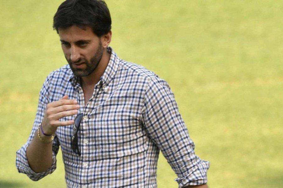 Diego Milito dejará su cargo en Racing al finalizar su acuerdo