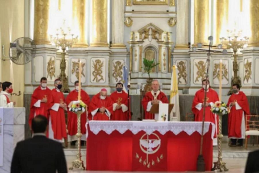 Los obispos de Corrientes piden a los legisladores un voto a las dos vidas