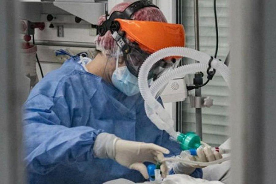 Pandemia: Alertan por el desgaste físico y mental del personal de Salud en el Chaco