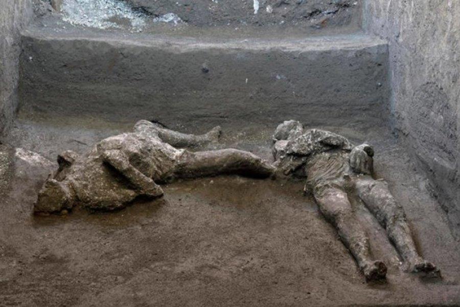Descubrieron restos intactos de dos hombres en las ruinas de Pompeya