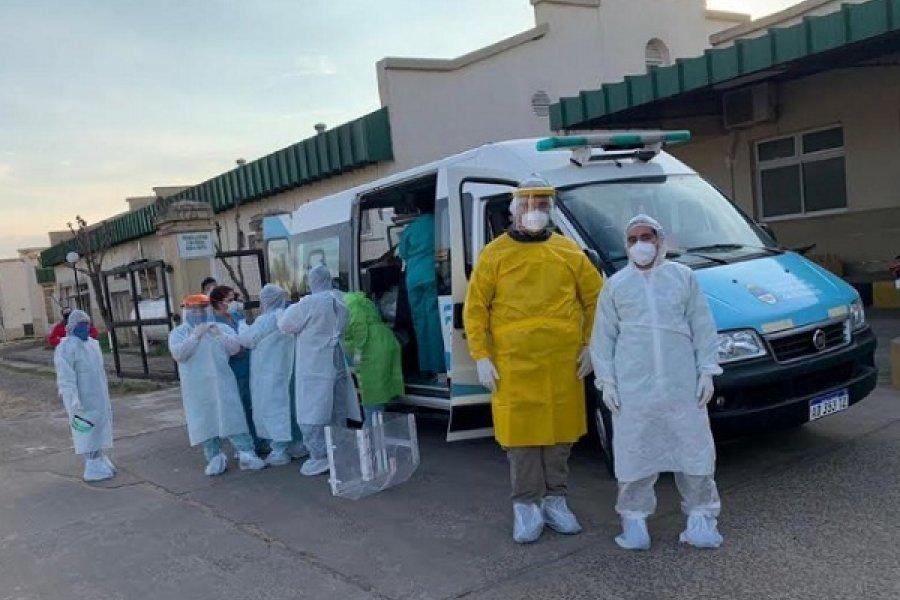 Colapso oficial: Privados aportarán ambulancias al Estado