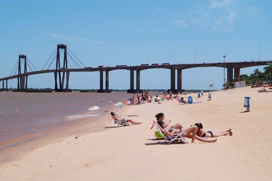 El fin de semana reabren las playas de Capital