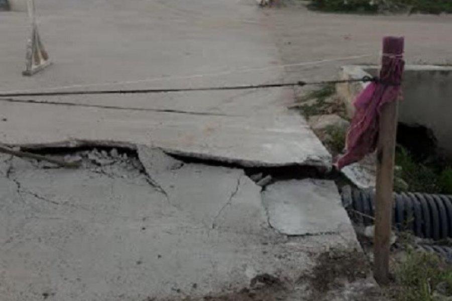 Pavimento goyano antes de inaugurarse se rompió y hay quejas de vecinos