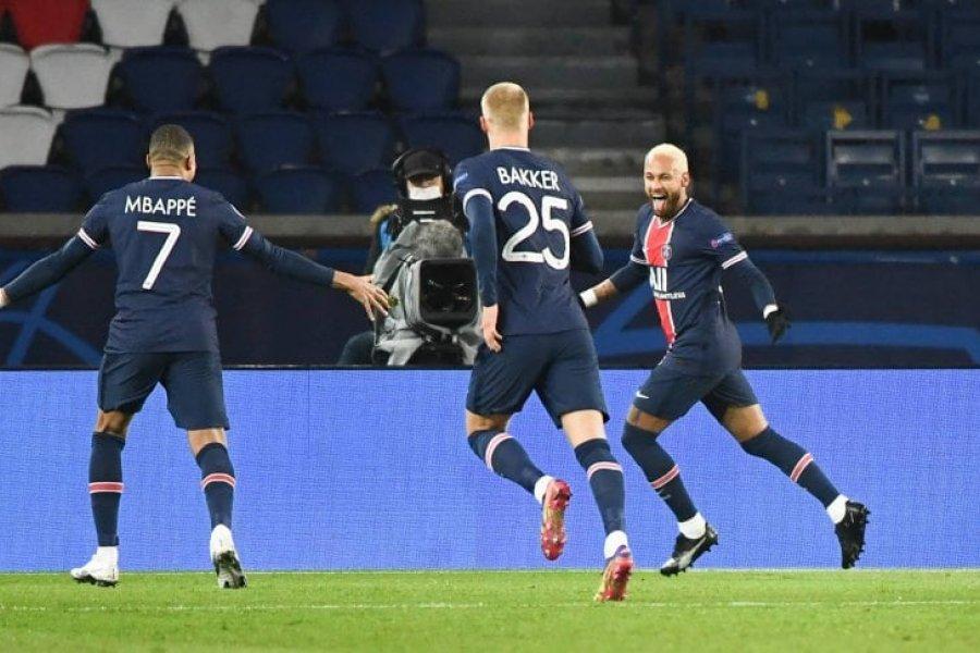 Penal a Di María y gol de Neymar para el ajustado triunfo de PSG ante Leipzig