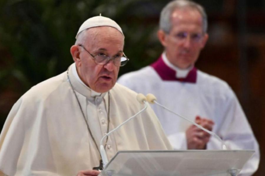 El Papa contra el aborto: ¿Es justo alquilar un sicario para resolver un problema?