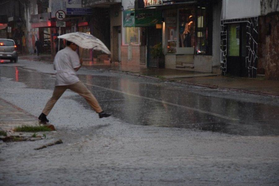 Continúa el anuncio de tormentas fuertes para Corrientes