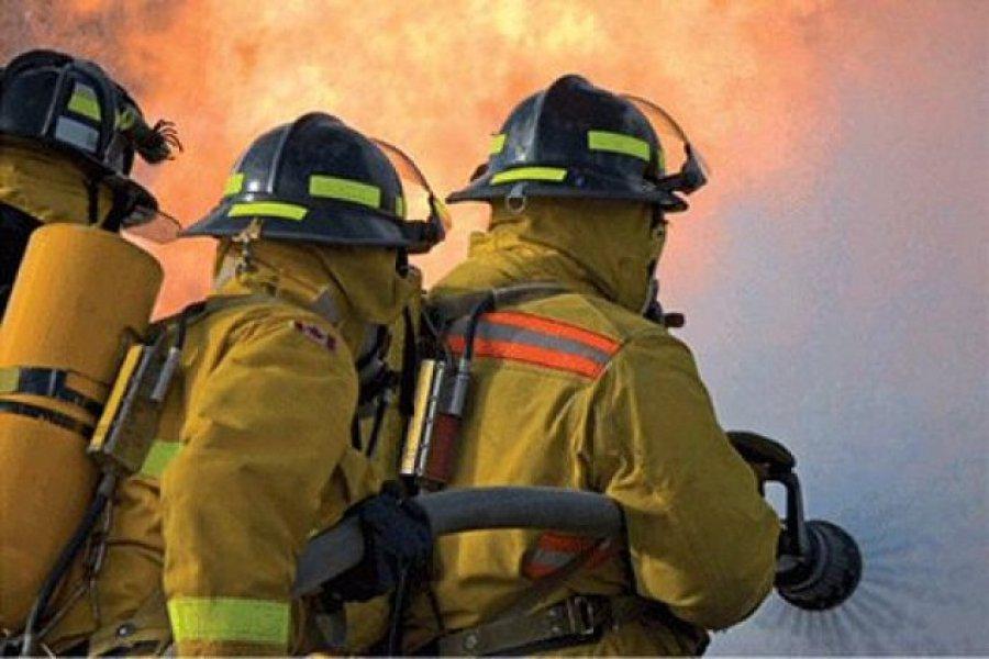 Rescatarona a una anciana de un incendio en pleno centro