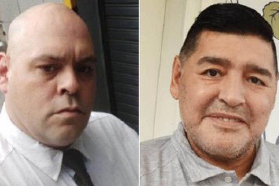 Echaron al empleado de la casa de sepelios que se sacó una foto junto al cuerpo de Maradona