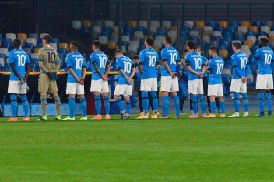 El día después, Napoli jugó e hinchas y jugadores homenajearon a Maradona