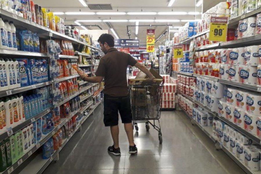 Cayeron las ventas de supermercados  pero en mayoristas crecieron casi 5%