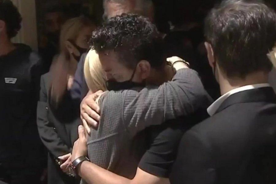 Gallardo: emoción en el adiós a Maradona y un sentido abrazo