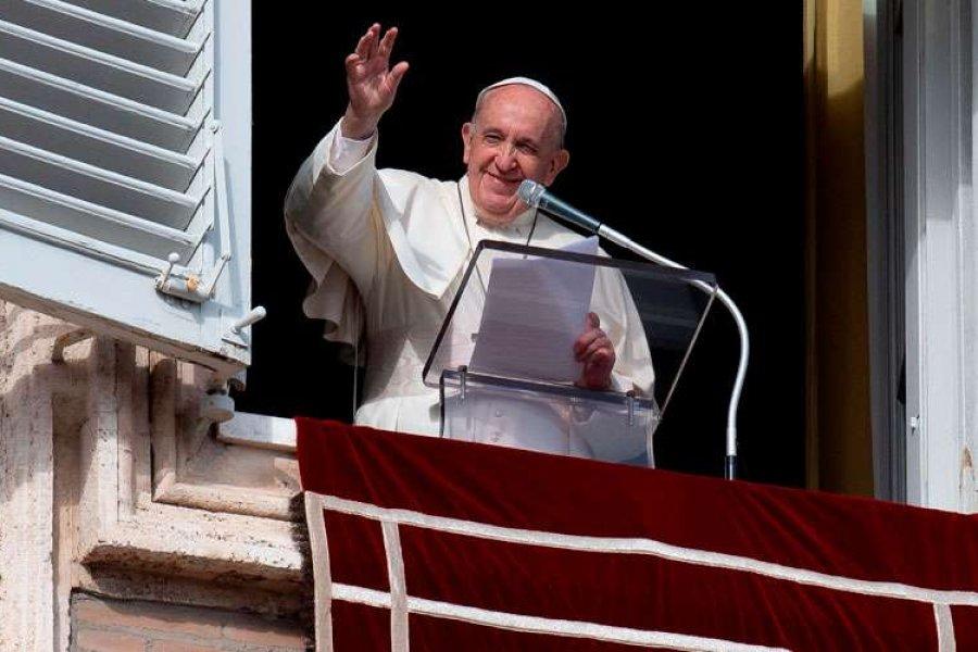 Papa Francisco: Dios te hará esperar, pero no te decepciona