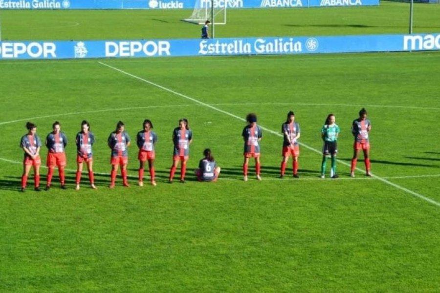 Una jugadora se negó a homenajear a Maradona y se puso de espaldas en el minuto de silencio