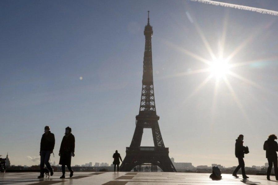 Francia empieza la campaña masiva de vacunación entre abril y junio