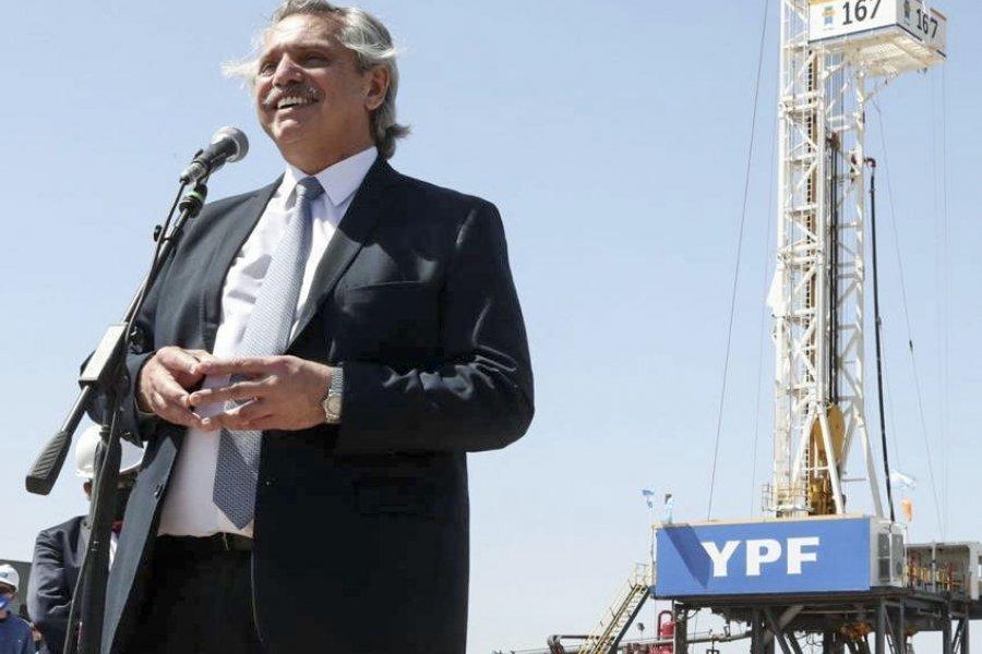 El Presidente hizo duras críticas al macrismo en la inauguración de una nueva planta de YPF