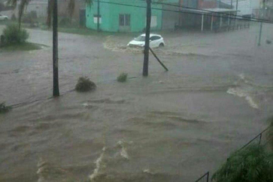 Más de 100 milímetros de agua caída provocó inundaciones en Mocoretá