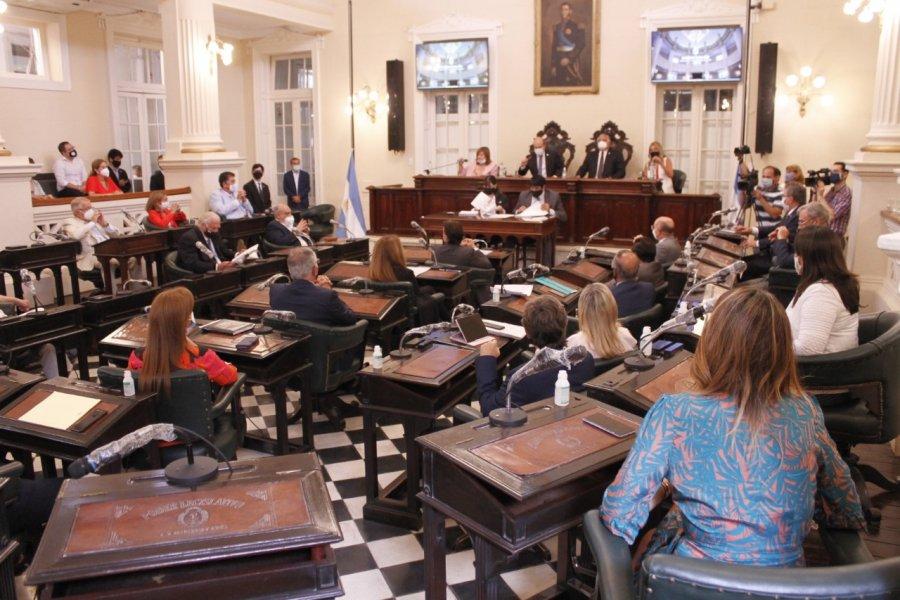 Legisladores recibirán al Ministro de Hacienda para analizar el Presupuesto 2021
