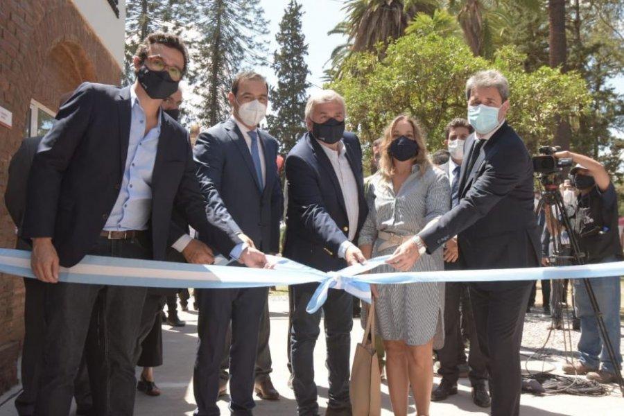 Valdés participó de la inauguración de la primera planta de cannabis medicinal