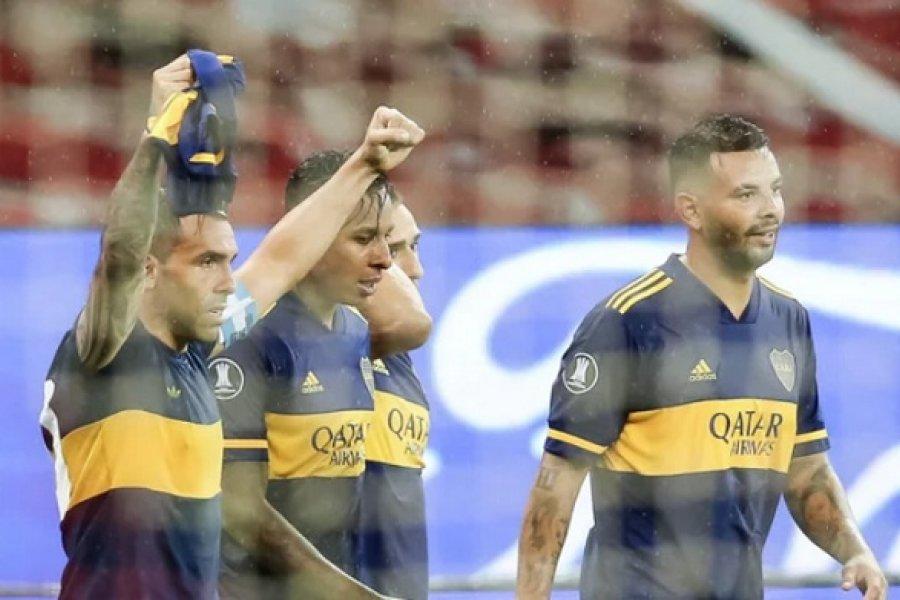 Boca se adelantó, venciendo a Internacional en Porto Alegre