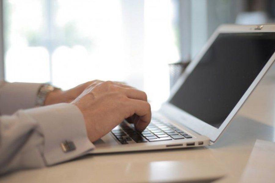 Computadoras docentes: renuevan y amplían créditos