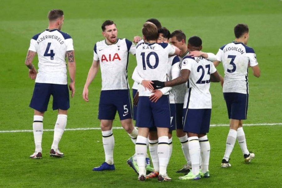 Tottenham venció a Arsenal en el derbi del norte de Londres y es puntero