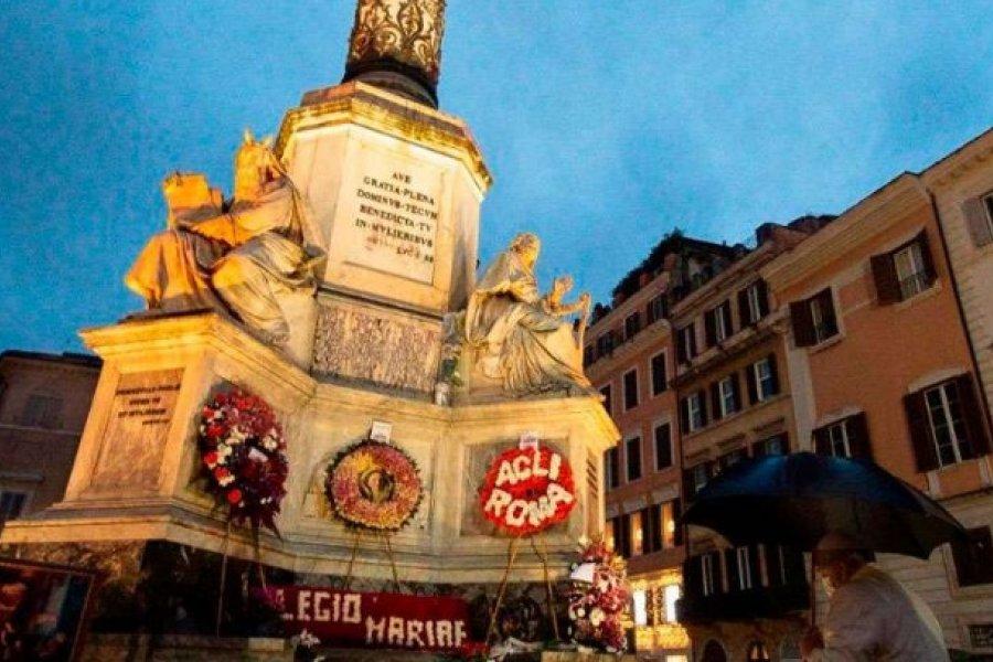 Inmaculada Concepción: El Papa acude por sorpresa a rezar a la Virgen en Plaza de España