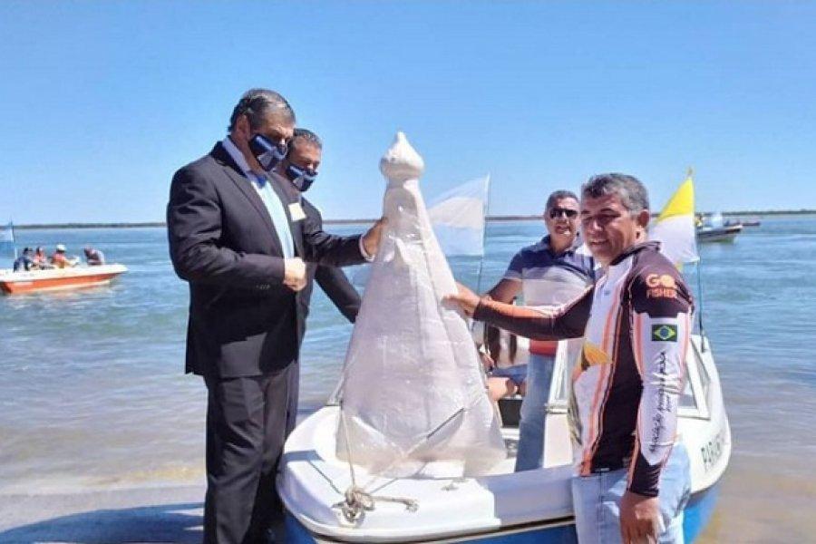 Procesión náutica: Imagen de la Virgen de Itatí fue llevada a Tabacué