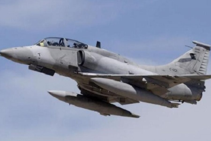 Aviones de guerra incursionaron sobre Corrientes a baja altura
