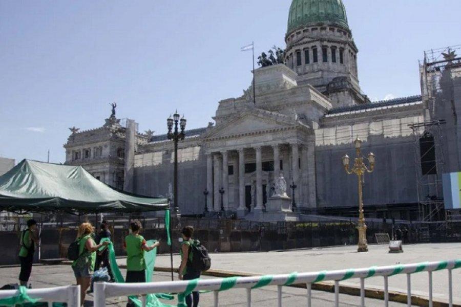 Diputados debate la legalización del aborto y del Plan de los 1000 días