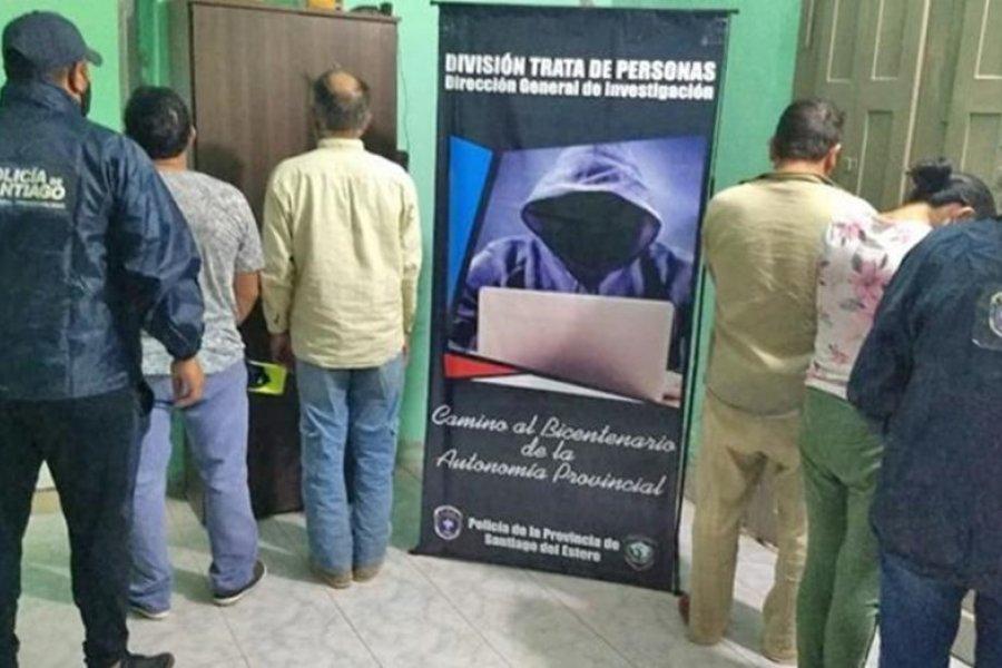 Una mujer obligaba a sus tres hijas de 16, 14 y 11 años a prostituirse por mil pesos