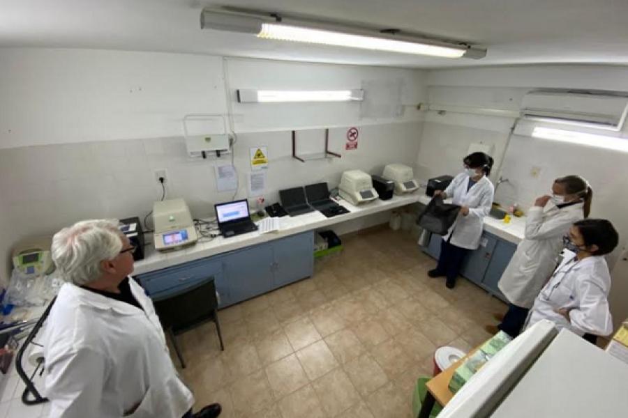 El Instituto de Medicina Regional de la UNNE ya superó las 20 mil muestras analizadas por Covid-19
