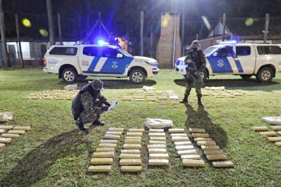 Prefectura incautó más de 274 kilos de marihuana y detuvo a tres personas