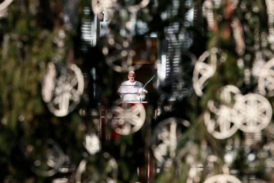Papa Francisco: La felicidad no es fácil de alcanzar, hace falta trabajar