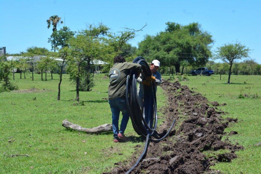 Más familias de la zona rural cuentan con agua potable en sus hogares