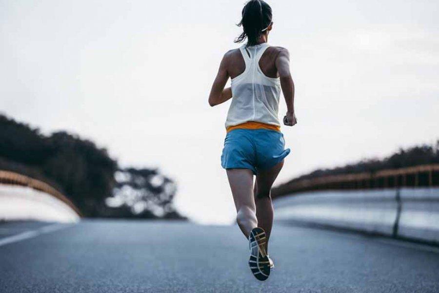 ¿Cómo seguir corriendo de manera segura en verano?
