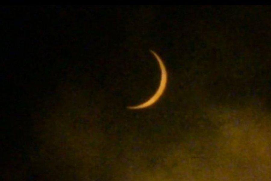 Eclipse solar brindó un espectáculo en la Argentina