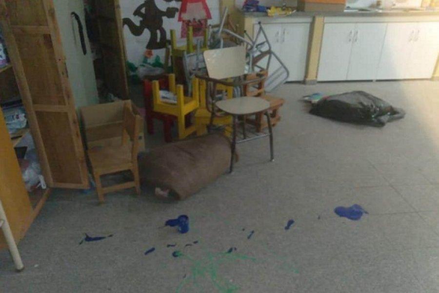 Destrozos y robo en un jardín de infantes