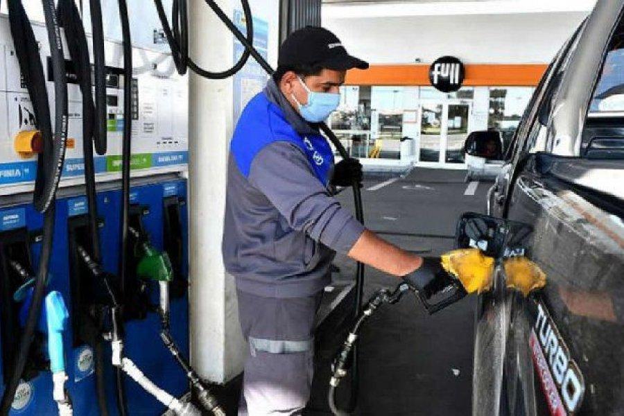 Los combustibles suben 1,3% desde la medianoche