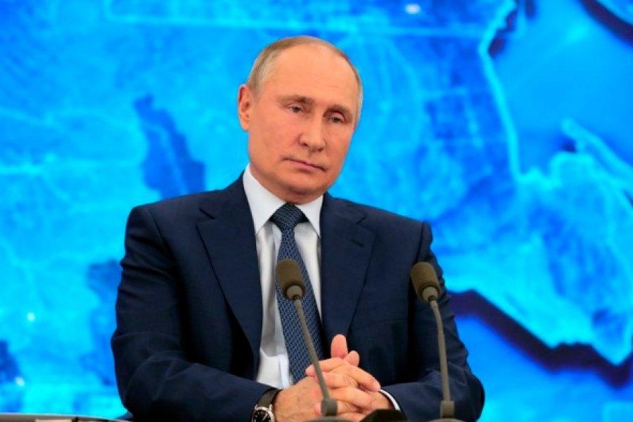 Vladimir Putin dijo que aún no se aplicó la vacuna rusa Sputnik V porque no es recomendable para mayores de 60 años