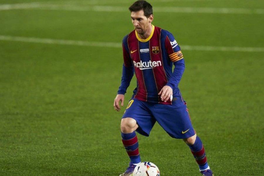 Messi llegó al récord y Barcelona igualó con Valencia