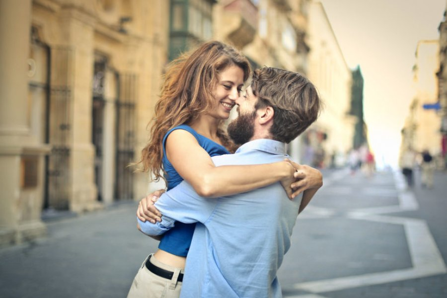 Pareja: ¿Cuánto dura el enamoramiento?