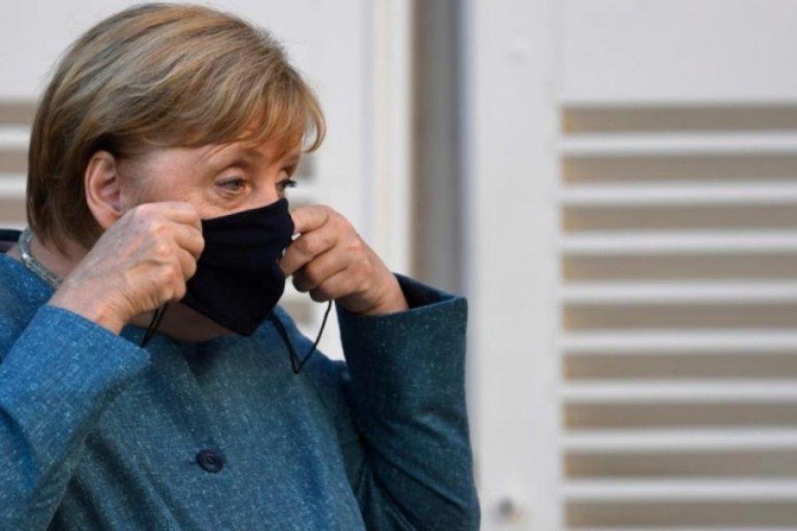 Angela Merkel llama a festejar Navidad por Skype, sin visitas personales