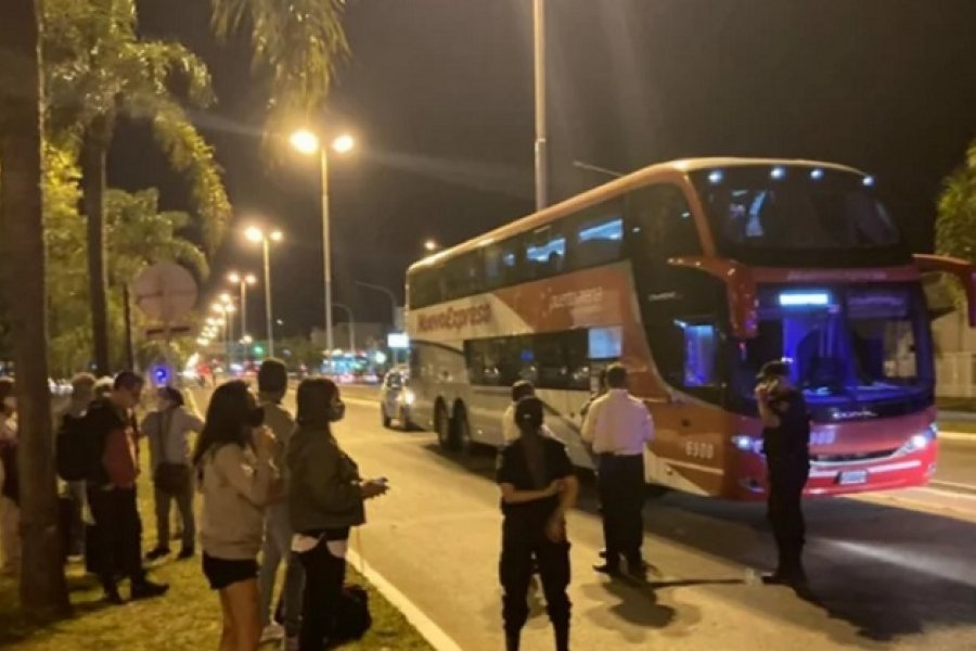 Confuso episodio con correntinos que regresaron a la provincia en un colectivo de larga distancia